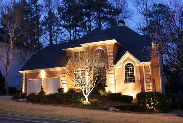 Do Outdoor Lights Deter Burglars