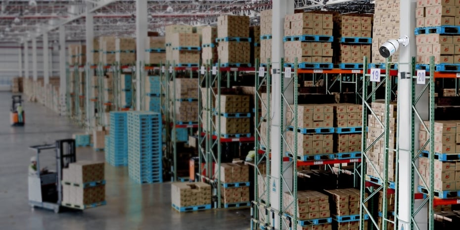 Reolink Go 4G Wireless Security Camera Surveils Warehouse
