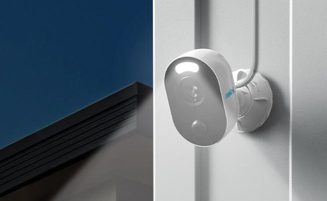 Reolink Lumus Outdoor WiFi Security Camera with Spotlight